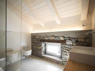 Nuovo progetto Bagno moderno di MIDE architetti Moderno