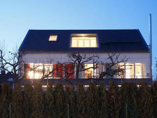 Casas de estilo clásico de WSM ARCHITEKTEN Clásico