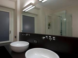 Eklektyczna łazienka od Carola Vannini Architecture Eklektyczny