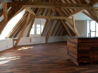 Dachgeschossausbau:  Flur & Diele von Spaett Architekten GmbH