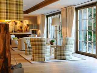 Hotel Sonnenalp Resort SPA - Golf - Halle Landhaus Hotels von INNENARCHITEKTUR MÄRKLSTETTER Landhaus