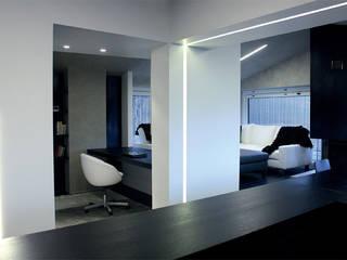Casa DAMI : Soggiorno in stile in stile Moderno di Enrico Muscioni Architect