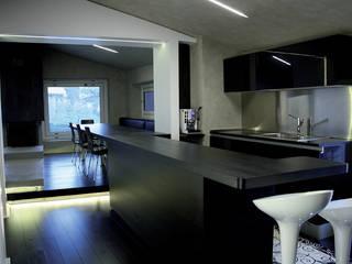 Casa DAMI : Cucina in stile in stile Moderno di Enrico Muscioni Architect