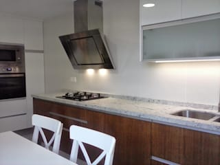 Kitchen by Cocinasconestilo.net, Modern