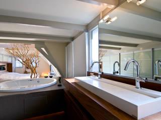 Extend collectie pand Keizersgracht Amsterdam Moderne badkamers van Marike Modern