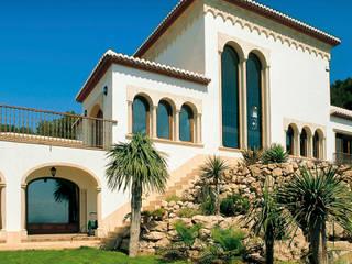 Casas de estilo mediterráneo de Artosca Mediterráneo