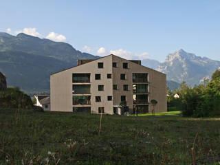 Mehrfamilienhaus Fli, Weesen: moderne Häuser von Fäh Architektur
