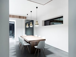 AR Design Studio- 4 Views Modern dining room by AR Design Studio Modern