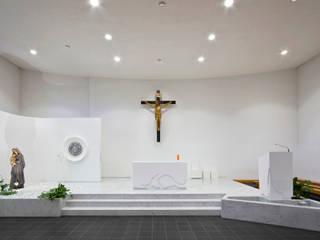 Santa Caterina Restyling Minimalistische Veranstaltungsorte von Comoglio Architetti Minimalistisch