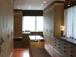 Davide Rizzo Closets de estilo moderno