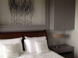 Dormitorios de estilo  por Texture Designed by G.