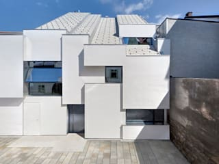 Houses by Peter Haimerl . Architektur