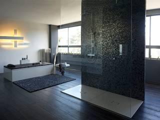 Nowoczesna łazienka od BARASONA Diseño y Comunicacion Nowoczesny