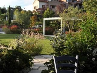 Studio Architettura del Paesaggio Giardini Giordani di Luigina Giordani オリジナルな 庭