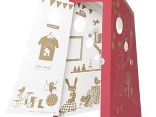 Une cabane à jouer: Chambre d'enfant de style  par PIROUETTE CACAHOUÈTE