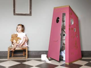La petite Histoire…: Chambre d'enfant de style  par PIROUETTE CACAHOUÈTE