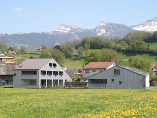 Einfamilienhaus Benken:  Häuser von Fäh Architektur