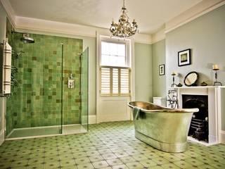 Albany Villas:  Bathroom by Parker bathrooms & Kitchens