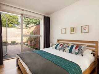 Courtyard House - East Dulwich Designcubed Modern style bedroom