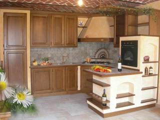 CUCINA in finta muratura : Cucina in stile  di CORDEL s.r.l.