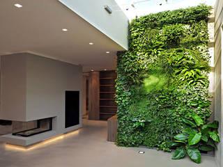 Hogar de estilo  por Architettura & Servizi