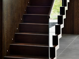 Berkshire:  Corridor & hallway by Gregory Phillips Architects