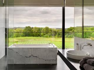 Baños de estilo moderno por Gregory Phillips Architects