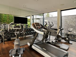 Berkshire:  Gym by Gregory Phillips Architects