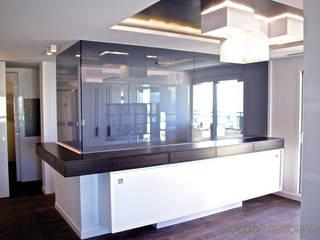 Casas modernas de Ideas Interiorismo Exclusivo, SLU Moderno