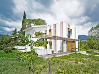 House by Anna & Eugeni Bach