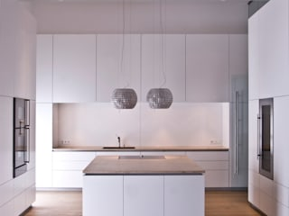 Modern kitchen by Pientka - Faszination Naturstein Modern