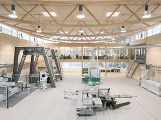 Werkhalle:  Geschäftsräume & Stores von Ziegert | Roswag | Seiler Architekten Ingenieure
