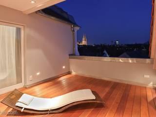 モダンデザインの テラス の Architekturbüro Ferdinand Weber モダン