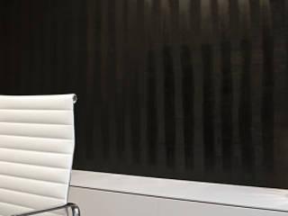 Travail d'enduit en partie murale:  de style  par Philippe Ponceblanc Architecte d'intérieur