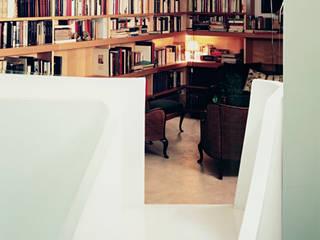 Villino liberty Case moderne di -SCAPE Moderno