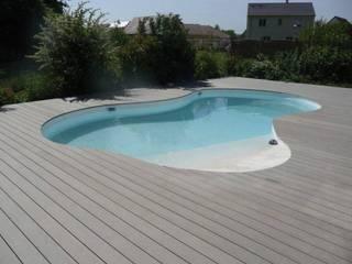 Modern pool by homify Modern