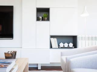 Soggiorno minimalista di Urbana Interiorismo Minimalista