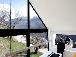 Pyrenees Cadaval & Solà-Morales Cocinas de estilo moderno