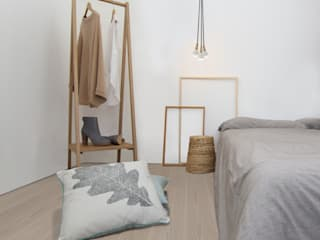 Clapham Common Flat YAM Studios Scandinavian style bedroom