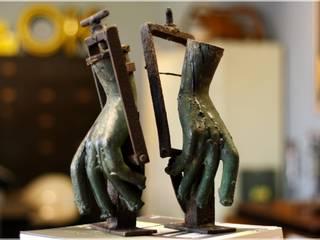 Möbel/Eiskalte Händchen.: industriell  von func. functional furniture ,Industrial