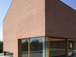Giorgio Pettenò Architetti Piscinas de estilo moderno
