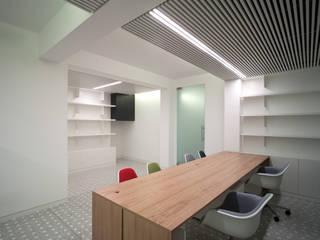 Giorgio Pettenò Architetti:  tarz Ofisler ve Mağazalar