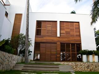 Casas de estilo  de Renato Teles Arquitetura