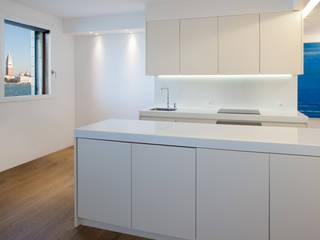 Giorgio Pettenò Architetti Cocinas de estilo moderno