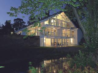 Luxus-Glashaus im Sauerland Moderne Häuser von DAVINCI HAUS GmbH & Co. KG Modern