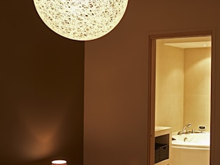 Agence KP Modern bathroom Beige