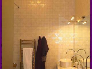 appartement haussmanien Paris 16: Salle de bains de style  par Agence KP