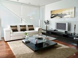 VIVIENDA UNIFMLIAR: Salones de estilo moderno de  BB INTERIORISMO