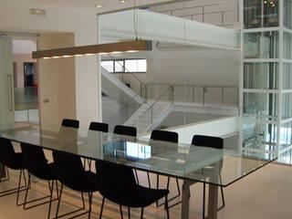 根據 Lucarelli Rapisarda Architettura & Design 現代風