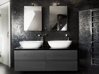 Luxury Bathroom :  Bathroom by Studio Hooton